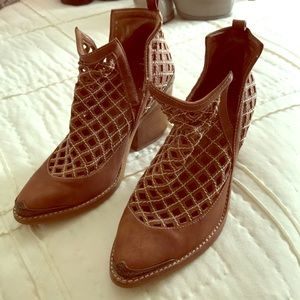 Brown Jeffrey Campbell heel boots. Cromwell